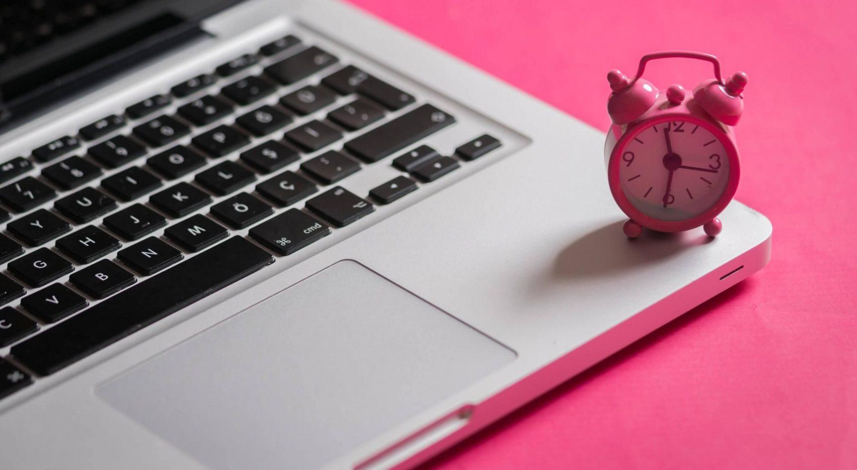 Mit einem Klick Arbeitszeiten im Home Office erfassen